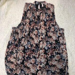 Cute hi-neck floral dress!
